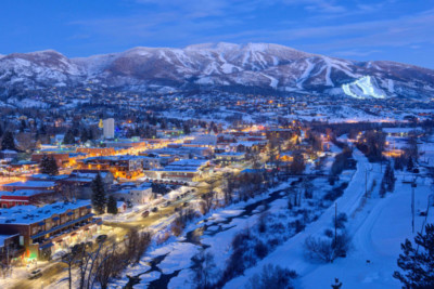 steamboat-downtown-ski-areas-dusk-768x513
